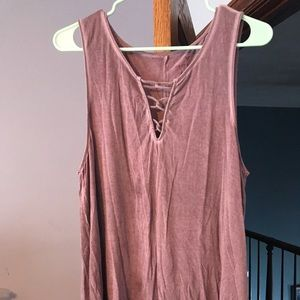 Long tank top with cross pattern on front